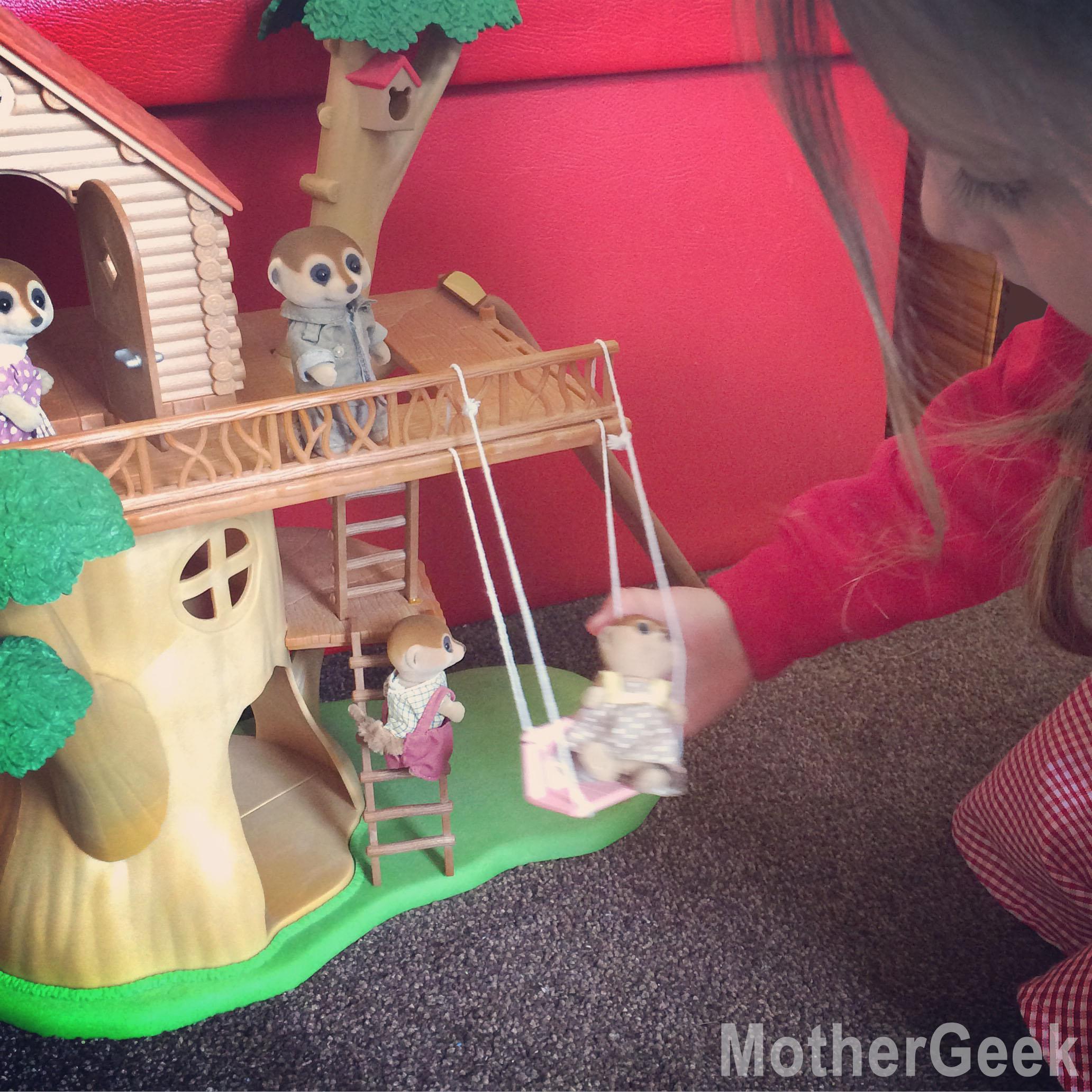 Sylvanian Families Spotter Meerkat Family in treehouse