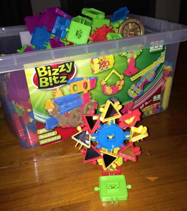 Bizzy Bitz Review - windmill
