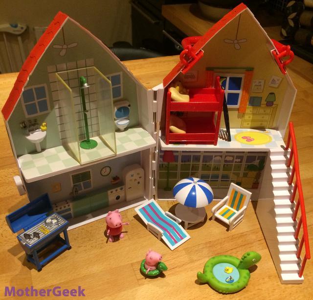 Peppa Pig Holiday Time Sunshine Villa Review